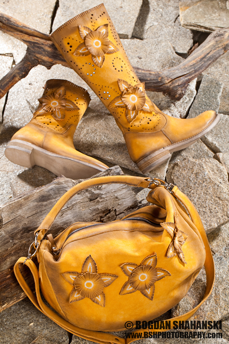 Продуктова Фотография - Indigo Shoes
